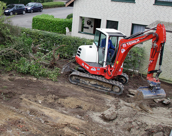 demolishing a swimming pool in Walnut Creek and compacting the soil